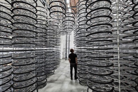 Ai-WeiWei-Bikes-Installation-Stacked-1-537x358