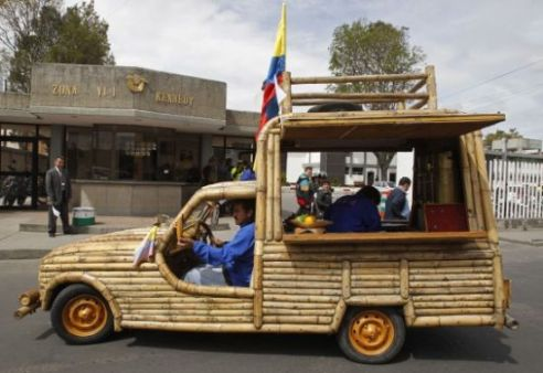 Jose-Mauricio-Pardo-bamboo-vehicle