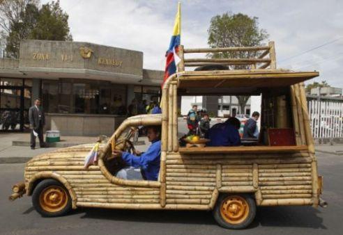 Jose-Mauricio-Pardo-bamboo-vehicle