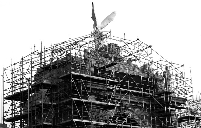 Scaffolding_on_Princes_Gate