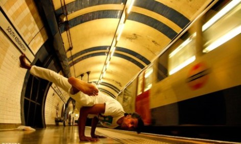 subway-yoga-2
