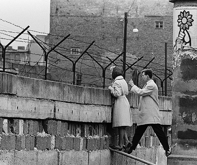 How People Went Over the Berlin Wall?