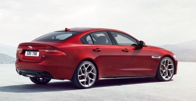 Jaguar-XE-2016MY-06