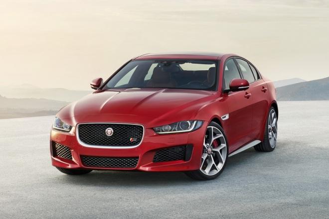 Jaguar-XE-2016MY-07